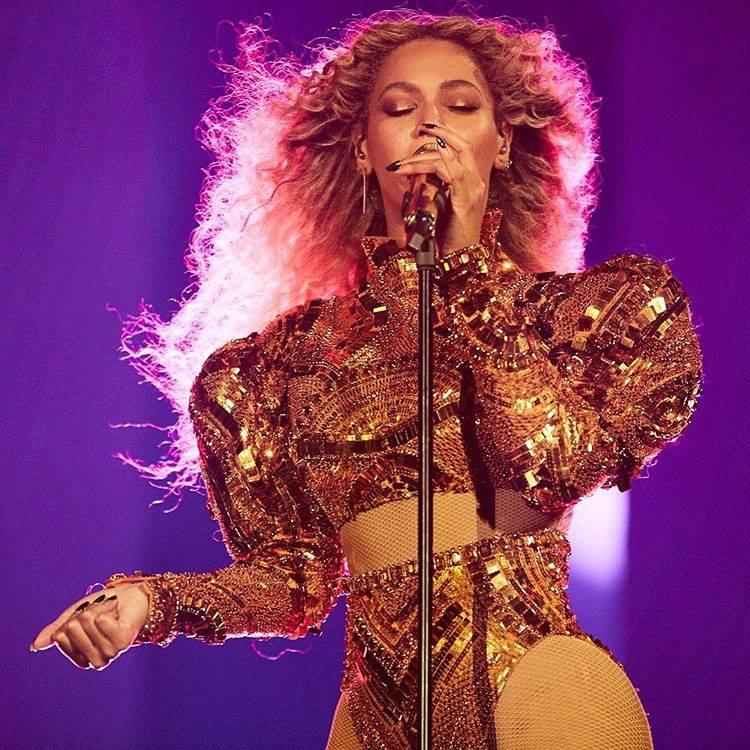 Legenda: Beyoncé em uma foto postada em seu Instagram (@beyonce)